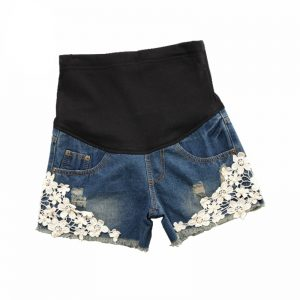 Women's Floral Embroidery Denim Shorts